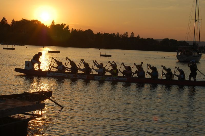 Transition phase: Enjoy the calming and aesthetic side of dragon boating